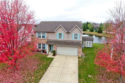 4532 W Woodtrail Court, New Palestine, IN 46163