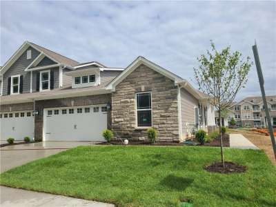 8310 N Summit Peak Avenue, Fishers, IN 46038