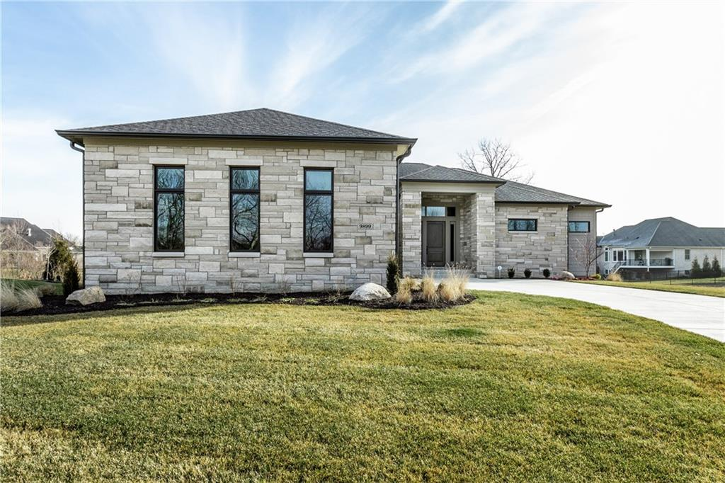 9899 E Fiddlers Court, Carmel, IN 46032 image #2