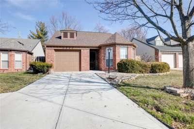 6580 E Settlement Drive, Indianapolis, IN 46250
