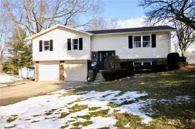 5294 E Skyline Lane, Greenwood, IN 46143