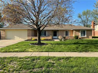 814 N Knollwood Drive, Greenwood, IN 46142