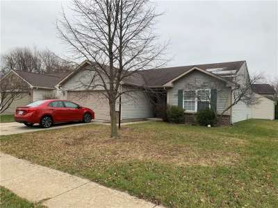 10341 N Whitewater Lane, Fishers, IN 46038