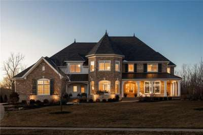 8380 S Shannon Springs Drive, Zionsville, IN 46077