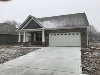 7220 S Wooden Grange Drive, Indianapolis, IN 46259