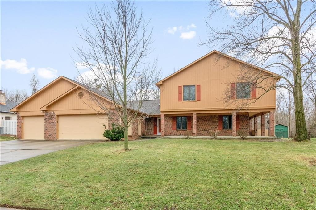 6631 N Baron Court Avon, IN 46123