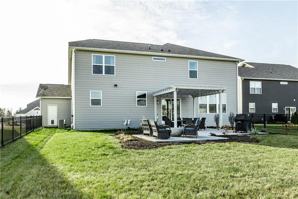 15662 S Bellevue Circle, Fishers, IN 46037 image #47