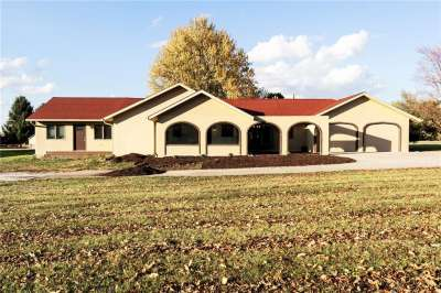 202 N Greenwood Drive, Greencastle, IN 46135