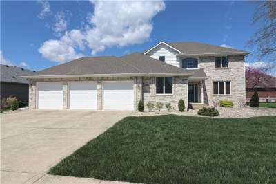 5164 W Brooks Bend, Greenwood, IN 46143