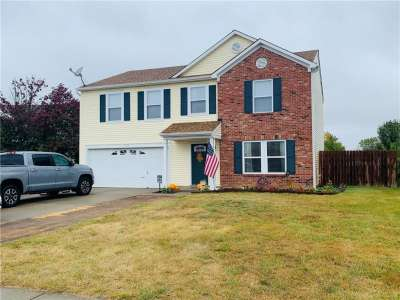 9058 N Bayview Circle, Plainfield, IN 46168