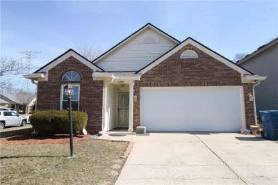 5203 N Pin Oak Drive, Indianapolis, IN 46254