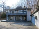 5611 S Poplar Dr, Columbus, IN 47201
