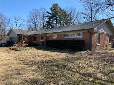 2655 S Redfern Drive, Indianapolis, IN 46227