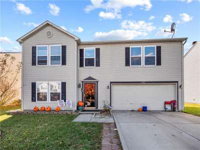 2312 W Edgewater Circle, Plainfield, IN 46168