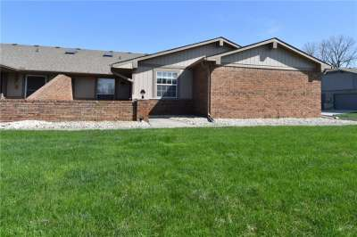 1155 W Paradise Court, Greenwood, IN 46143