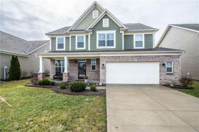 5915 S Sly Fox Lane, Indianapolis, IN 46237