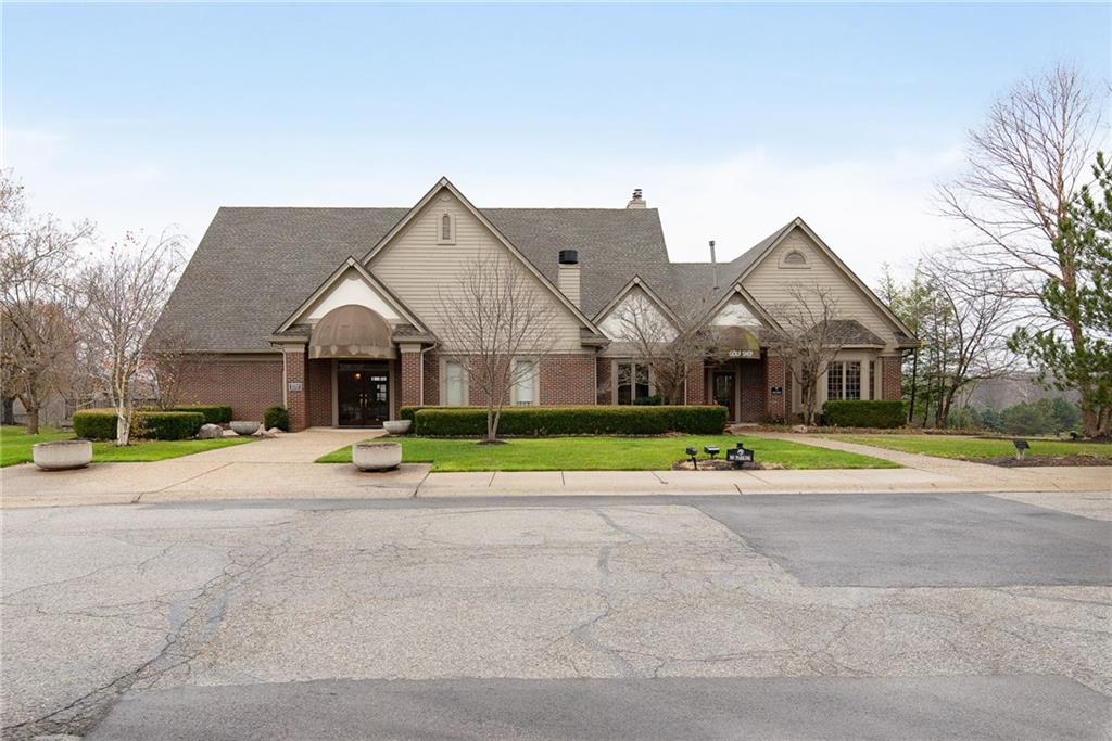 7300 E Pymbroke Circle, Fishers, IN 46038 image #32