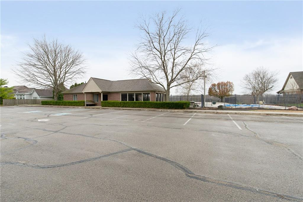 7300 E Pymbroke Circle, Fishers, IN 46038 image #33