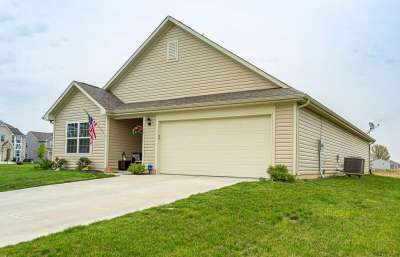 1623 W Woodside Circle, Franklin, IN 46131