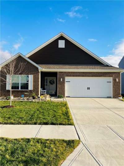 2525 N Apple Tree Lane, Indianapolis, IN 46229