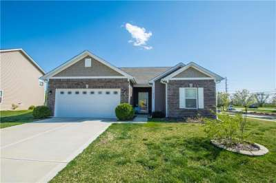 2327 Creston Meadow, Greenfield, IN 46140