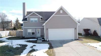 9207 N Crossing Drive, Fishers, IN 46037