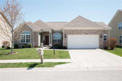6307 W Silver Leaf Drive, Zionsville, IN 46077