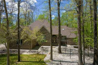 2851 E Wolverine Way, Zionsville, IN 46077