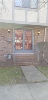 8122 Cheswick Drive, Indianapolis, IN 46219