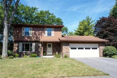 8828 S Powderhorn Lane, Indianapolis, IN 46256