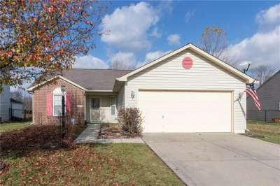 8122 S Red Barn Court, Indianapolis, IN 46239