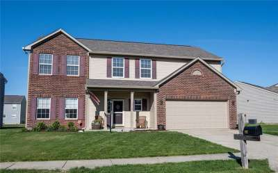 1912 E Brook Crossing Way, Indianapolis, IN 46229