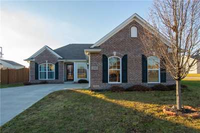 2502 Copper Hill Drive, Indianapolis, IN 46239