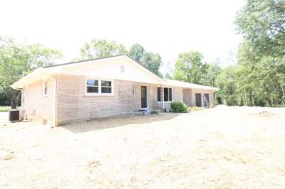 10737 E State Road 250, Crothersville, IN 47229