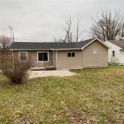 1700 N Manring Avenue, Muncie, IN 47303