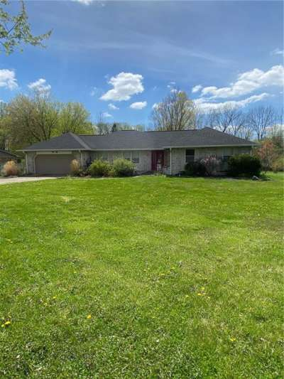 341 N Leisure Lane, Greenwood, IN 46142