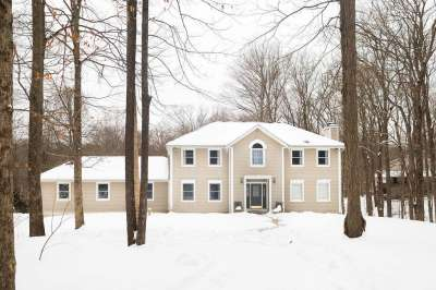 6061 N Aliki Mews, Bloomington, IN 47408
