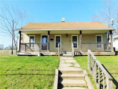627 E Walnut Street, Greencastle, IN 46135