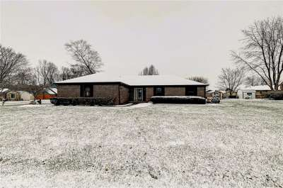 11303 N Bloomfield Court, Indianapolis, IN 46259