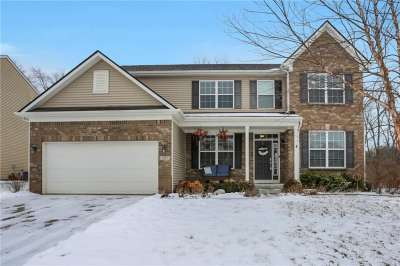 1557 W Windswept Drive, Greenwood, IN 46143