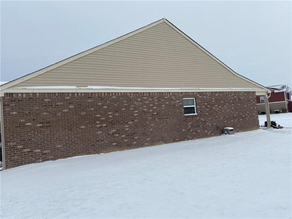 2472 W Blackberry Court, Greenwood, IN 46143 image #2