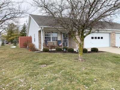 1346 N Apple Blossom Lane, Greenfield, IN 46140
