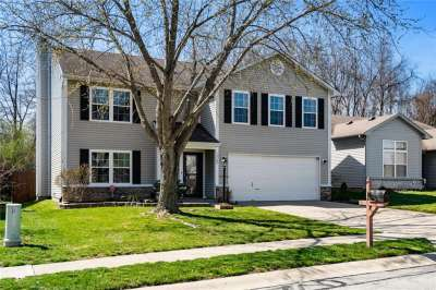 12162 N Blue Springs Lane, Fishers, IN 46037