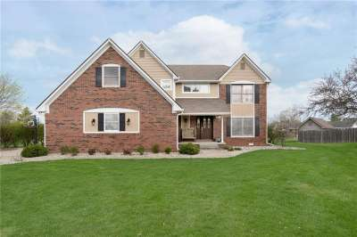 2411 W Griton Court, Shelbyville, IN 46176