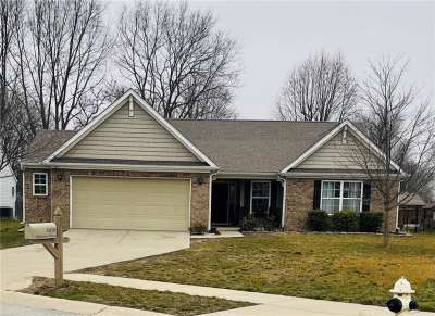5878 Oakhaven Drive, Greenwood, IN 46142