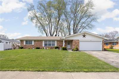 624 N Brookside Lane, Plainfield, IN 46168