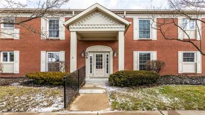 608 E Lions Head Lane, Indianapolis, IN 46240