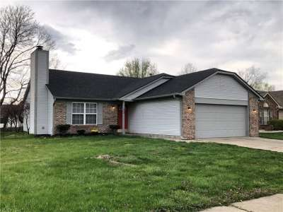 998 N Ellington Circle, Greenwood, IN 46143