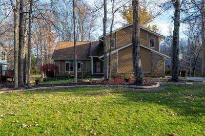 4067 S Creekside Drive, New Palestine, IN 46163