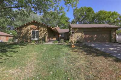 165 S Restin Road, Greenwood, IN 46142